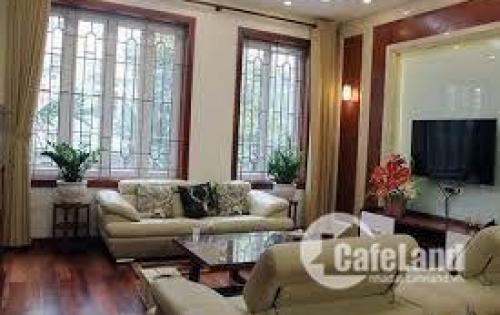 Bán nhà riêng phân lô, oto vào, gần phố Khương Trung. MT 4m. Giá 5 tỷ.