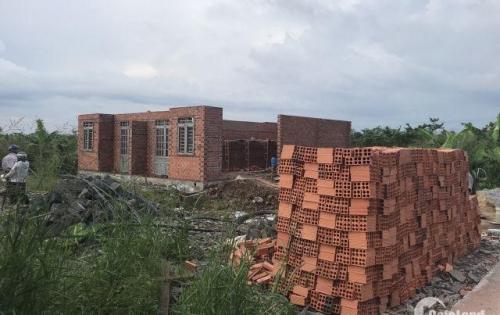 Nhà mới xây thiết kế đẹp. Tuần sau có thể dọn vào ở ngay