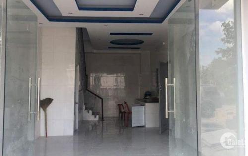 Bán căn nhà phố gần ngay Thủ Dầu Một giá trỉ 634tr DT 300m2