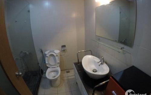 Chính chủ cho thuê gấp căn hộ 3PN đồ CB 155m2 ở CC 15-17 Ngọc Khánh