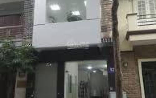 Cho thuê nhà riêng 6 tầng căn góc KĐT Dịch Vọng ,gần công viên cầu giấy Giá 100 tr/ tháng