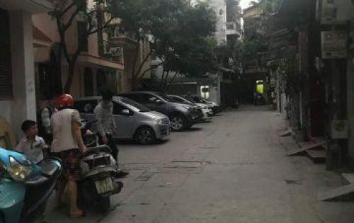 Chính chủ cho thuê nhà ở Dương Khuê-Mai Dịch.80m2x3 tầng.15tr