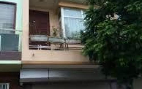 Cho thuê nhà riêng 5 tầng ngõ 219 Trung kính mới, ô tô đỗ cửa giá 18tr/ tháng