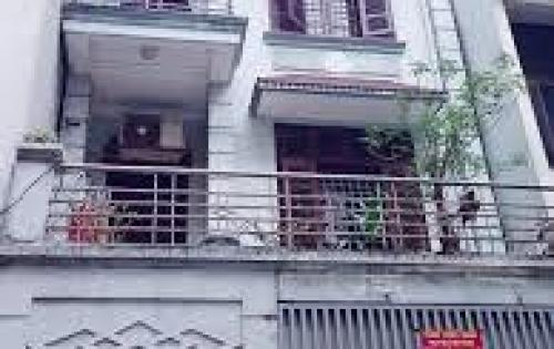 Cho thuê nhà mặt ngõ 57 Láng Hạ ( gần rạp chiếu phim QG) dt 65,4 tầng giá 26 tr/ tháng