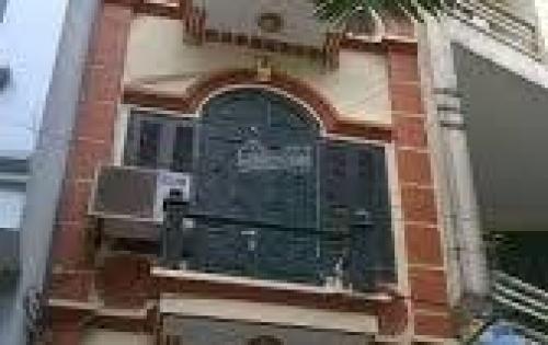 Cho thuê nhà mặt ngõ 81 Láng Hạ , dt 65m2 xây 7 tầng , thông sàn giá 46tr/ tháng lh 0984250719