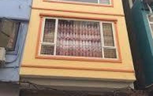 Cho thuê nhà riêng7 tầng mặt ngõ ô tô 71 Láng Hạ( gần rạp chiếu phim QG) giá 58 tr / tháng