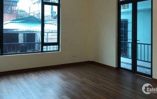 Cho thuê nhà Sông Sét Truong Định 130m2x3 tầng 45tr/tháng