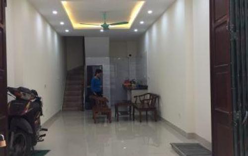 Cho thuê văn phòng đường lĩnh nam-mai động-hoàng mai,nhà 4 tầng,dt130m2,có nóng lạnh điều hoà,giá 13tr/tháng