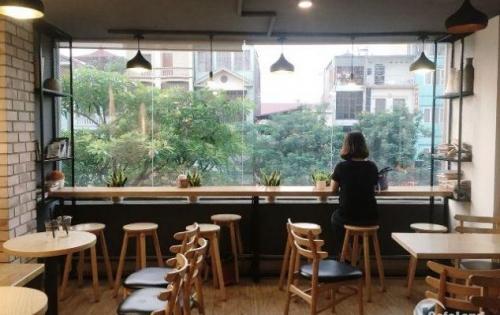 Cho thuê gấp nhà mặt phố 4 tầng Nguyễn Văn Cừ kinh doanh tốt nhất Long Biên.