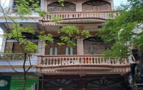 Cho thuê nhà 4 tầng,  tiện kinh doanh, MT đường Đổng Quốc Bình