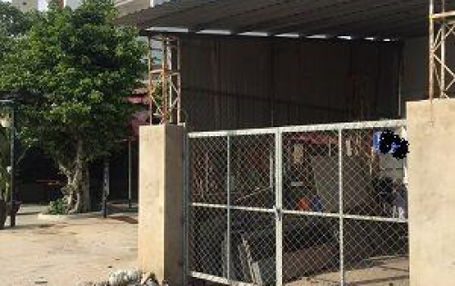 Cho thuê nhà 8 x 30m giá 18 triệu/ tháng mặt tiền đường TA15, đường nhựa 10m thông.