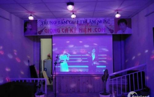 Sang gấp phòng trà cfe salon sang trọng 150 triệu giá rẻ số 9 Nguyễn Quý Yêm
