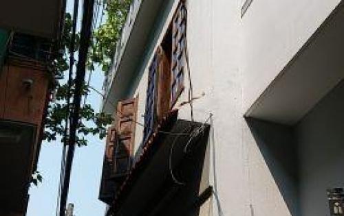 Cho thuê nhà 2 tầng mặt tiền đường Nguyễn Khắc Cần, nhà đẹp kiên cố, giá thuê: 13 triệu/tháng