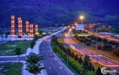 Bán đất ven đầm Thủy Triều, giá rẻ 130 triệu/ m ngang. LH :0901161931