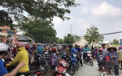 Bán rẻ nền đất đối diện trường học Long Hòa gần chợ Rạch Kiến, đường 8m, DT 90m2 , sổ hồng