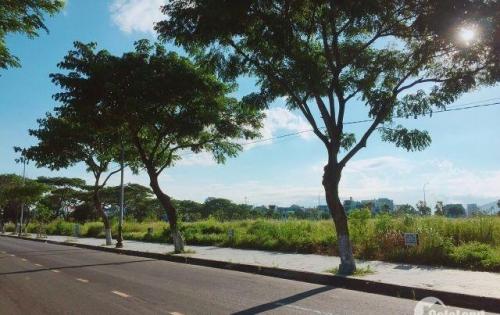 Bán đất biệt thự ven sông Hàn Đà Nẵng, giá 10 tỷ. Quan tâm xin liên hệ 0937293147