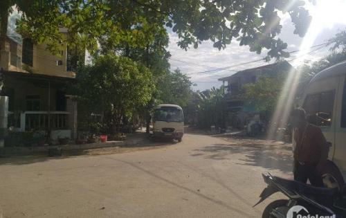 Bán đất trung tâm thành phố, đường lớn ô tô ra vào thoải mái.
