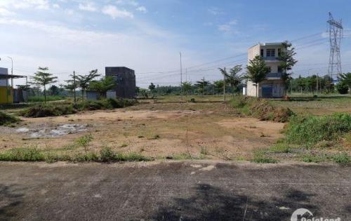 Bà cô thiếu tiền ngân hàng Cần bán ngay lô đất mặt tiền kênh Thanh Niên diện tích 5x18m sổ hồng riêng.