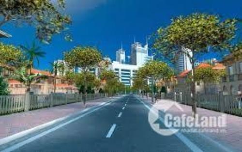Tôi cần tiền xây nhà, bán lô đất Nam Hòa Xuân đối diện công viên, sau lưng Nguyễn Phước Lan nối dài