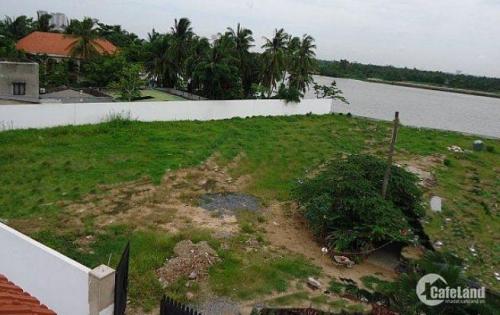Bán đất mặt tiền sông và mặt tiền đường Nguyễn Văn Hưởng, Q2. SHR.