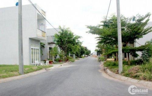 Bán đất mặt tiền đường lớn