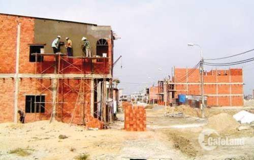 Do thiếu nợ nên cần sang tên đất nền gấp khu vực Thuận An