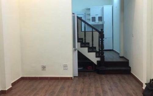Bán nhà đẹp lô góc 2 mặt thoáng Liễu Giai DT 38m, giá 3.5 tỷ