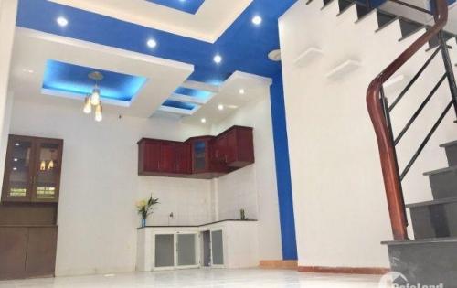 Bán nhà nhỏ Lê Quang Định 4,3x7,1=30m2 giá 3,2 tỷ