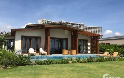 Bán gấp biệt thự biển Movenpick Cam Ranh, tặng kèm condotel 4,5 tỷ, chiết khấu ngay 300 triệu, sổ đỏ chính chủ