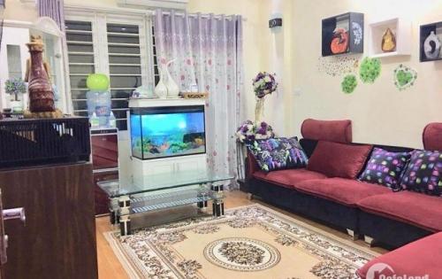 Bán nhà phố Quan Hoa, phân lô mới tinh, 31m2, sổ đẹp như Ngọc Trinh, giá cực sốc !!!