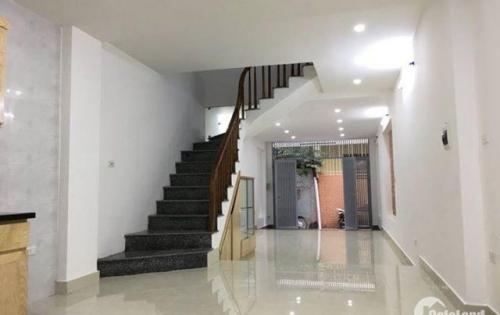 Nhà mới, ở luôn, kinh doanh vỉa hè, ô tô tránh – phố Trần Quang Diệu