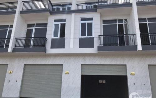 Bán lại căn nhà trong dự án Phúc An, lô mặt tiền đối diện chung cư, giá 1,9 tỷ. Liên hệ: 0384422082