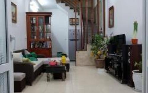 Cần bán nhà riêng Lạc Trung, 32m x 5 tầng, 2,65tỷ, lh 0985791415