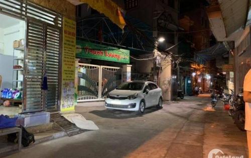 Ô Tô vào tận nhà phố Đê Trần Khát Chân, nhà đẹp, kinh doanh phát lộc, giá 4,4 tỷ