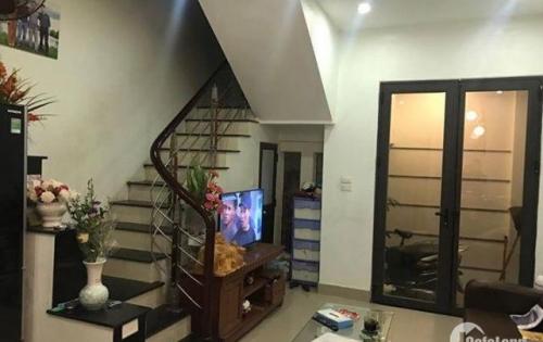 Bán nhà riêng, đẹp Trương Định,28m x 4 tầng, 2,5tỷ, lh 0985791415