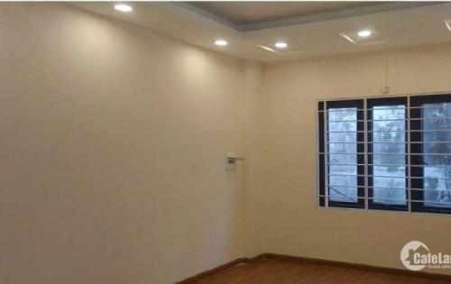 Mình cần bán nhà phố Vĩnh Tuy- Hai Bà Trưng 35 m2, 5 tầng,giá 2.7 tỷ .