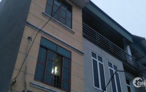 Cần bán nhà 4 tầng 32m2 thôn dền xã di trạch, hoài đức
