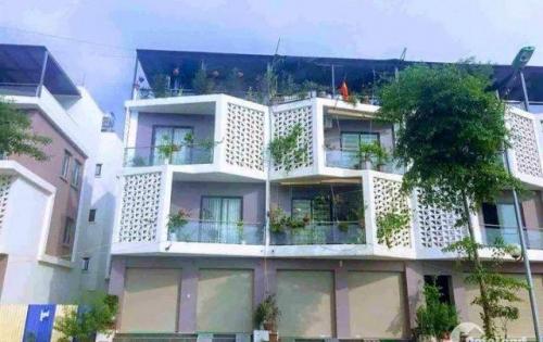 Sở hữu ngay nhà 3,5 tầng nằm tại trung tâm huyện Hoài Đức, giá ưu đãi