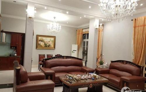 Bán nhà phố Bạch Mai hiếm hot 48m2 MT 4.5m giá 3.9 tỷ