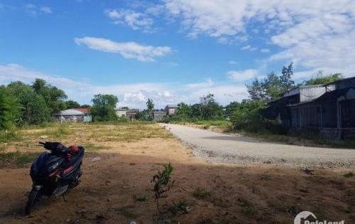 Đất cần thanh lí đường Nguyễn Hữu  Cảnh
