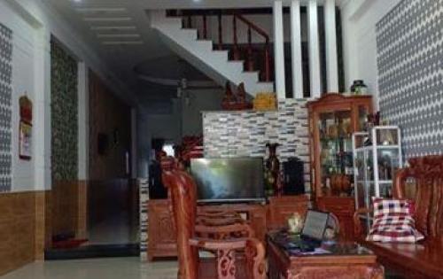 Nhà 1 trệt 1 lầu mặt tiền Võ Thị Hồi giá 1ty650