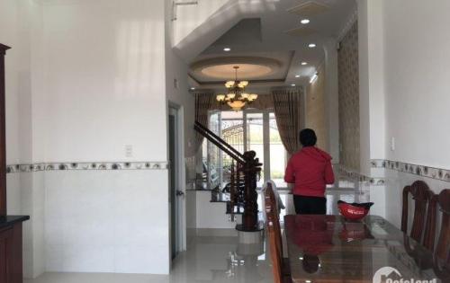 Bán nhà phố mặt tiền đường Nguyễn Thị Hương Nhà Bè DT 4m x 19m, 3 lầu, 4.4 tỷ
