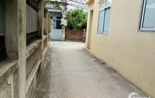 Bán gấp nhà 3 tầng 1 tum tại Đàm Quang Trung giá 2tỷ450. LH:0969885820