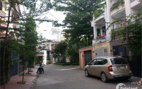 Bán nhà  nát  hẻm xe hơi Trần Khắc Chân ,p.Tân định