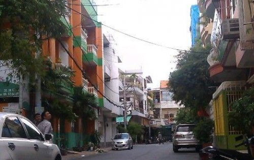 Bán nhà mặt tiền đường Thái Văn Lung, P Bến Nghé, Quận 1. Ngay khúc Lê Thánh Tôn