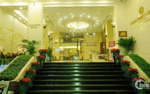 Khách sạn MT Đề Thám, Q.1, DT: 6.5x20m, xây 5 lầu thang máy, giá 58.5 tỷ