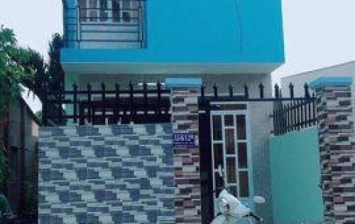 Nhà 1 trệt 1 lầu, gồm 3 phòng ngủ, xây kiên cố