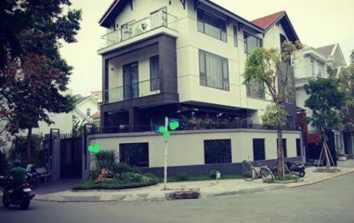 Cần bán villa 2 mặt tiền, mới và đẹp, An Phú quận 2, gồm 7PN, 5WC, 2 hầm xe, DT 10x20m2