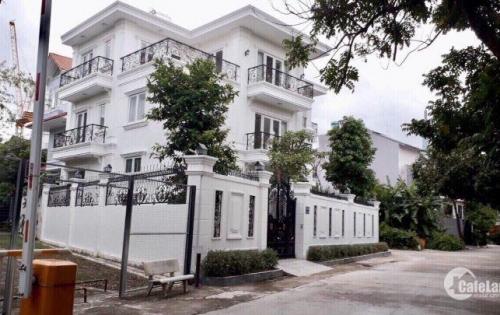 kẹt tiền nên bán Biệt thự 300m2 ở Thảo Điền, mới và cực đẹp, 2 lầu- 7PN- 6WC, 2 mặt tiền