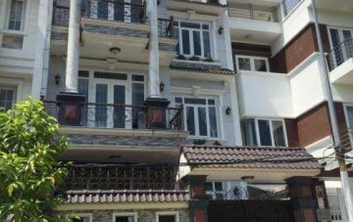 Bán nhà MT đường Nguyễn Đình Chiểu, Quận 3. căn duy nhất cung đường, ngang 6.5m